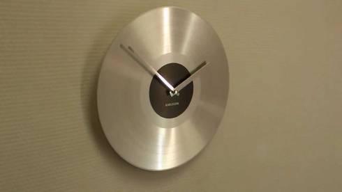 Karlsson Platinum Record Aluminium Silver Wall Clock: modern Study/office by Just For Clocks