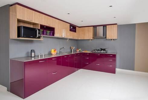 L-Shaped Modular Kitchen Designs In Ghaziabad, Noida & Greater Noida: modern Kitchen by Wallsfloor.com