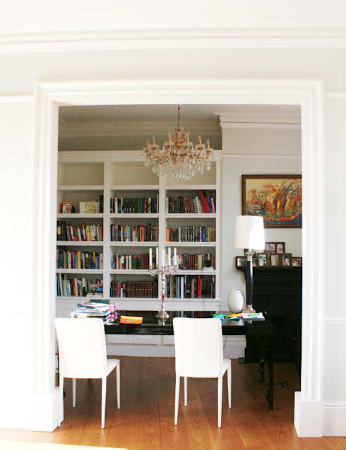 classic Dining room by AR Architecture