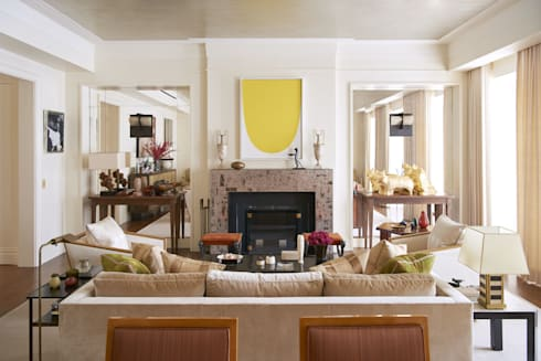 West Village Townhouse: classic Living room by andretchelistcheffarchitects