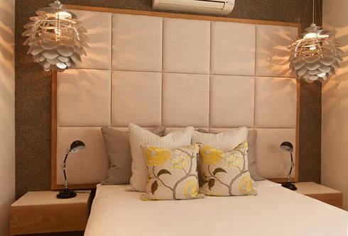 House Varyani: modern Bedroom by Redesign Interiors