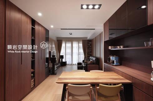 桃園市  桃園區  黃公館:  廚房 by 顥岩空間設計