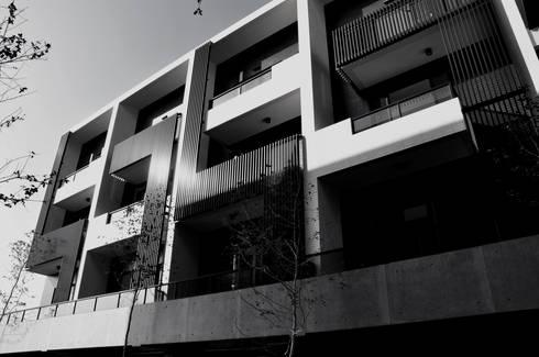 清境:  房子 by 久月空間設計
