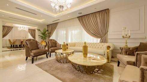 Casa Verde:  غرفة المعيشة تنفيذ Hany Saad Innovations