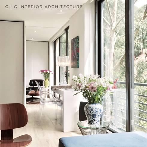 APARTAMENTO ROSALES   Residencial: Estudios y despachos de estilo moderno por C   C INTERIOR ARCHITECTURE