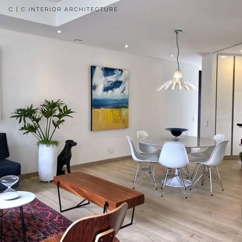 APARTAMENTO ROSALES   Residencial: Comedores de estilo moderno por C   C INTERIOR ARCHITECTURE