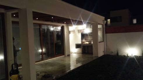 Terraza: Terrazas  de estilo  por MAS, Montoya Arquitectura Sustentable