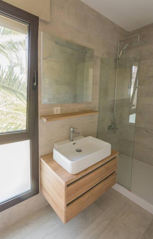 Banheiros  por Egeli Proje