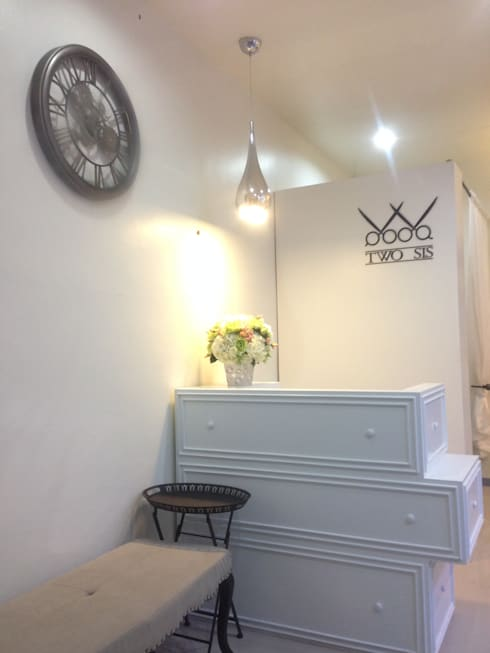 TWO SIS BEAUTY SALON:  ตกแต่งภายใน by A2-Studio