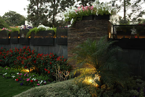 Residential Landscape :  Front yard by Artistic Design Works
