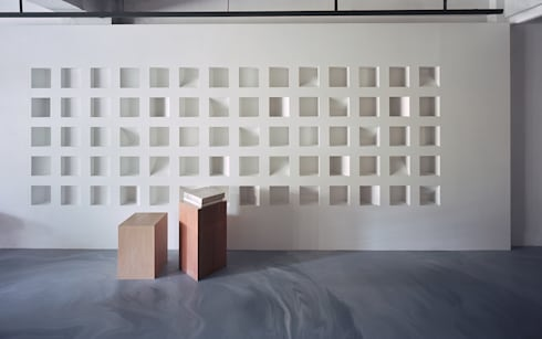 Thinking Gallery Space by Studio In2:  商業空間 by Studio In2 深活生活設計