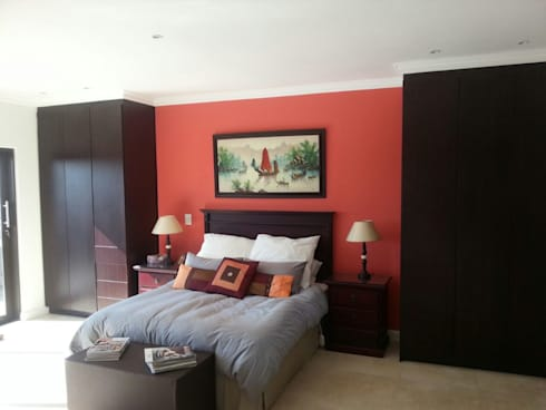 Honeydew: modern Bedroom by A Fox Construction SA Pty Ltd