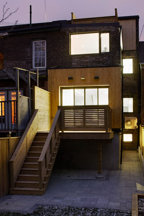 Montrose Ave Project: minimalistic Houses by Contempo Studio