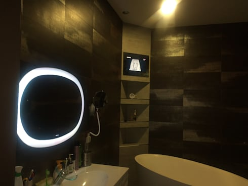 modern Bathroom by AVEL