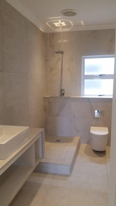 La Lucia home: modern Bathroom by BHD Interiors