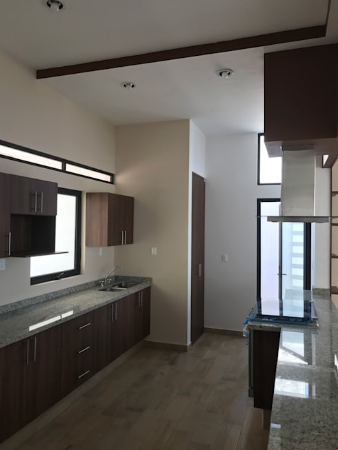 廚房 by Sesife Arquitectura