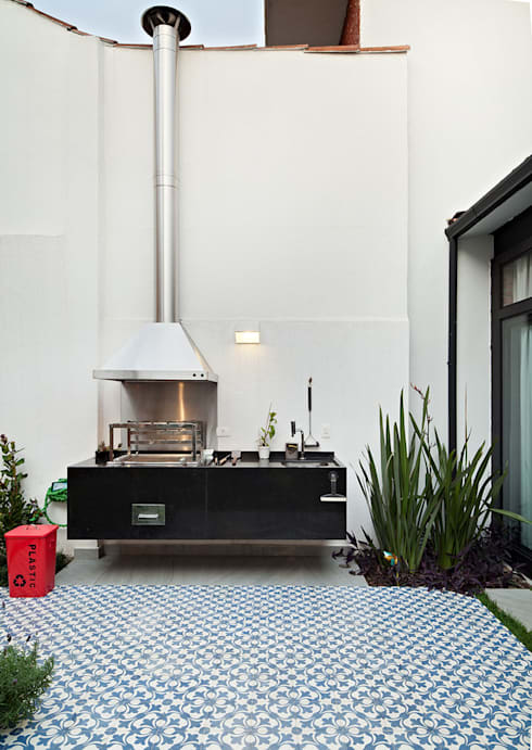 Jardines de estilo  por ODVO Arquitetura e Urbanismo