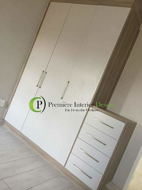 HOUSE MANKGANE:  Bedroom by Première Interior Designs
