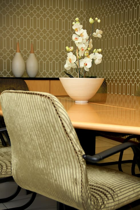 CPG chartered accountants, La Lucia:  Office spaces & stores  by BHD Interiors