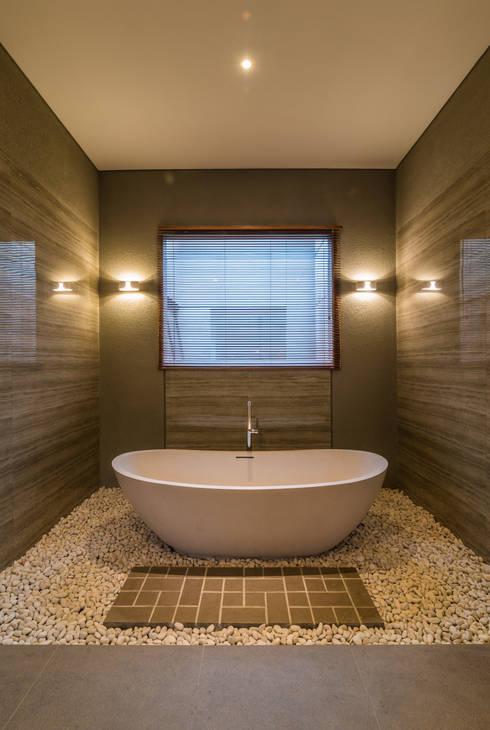 Badkamer door ARCHID