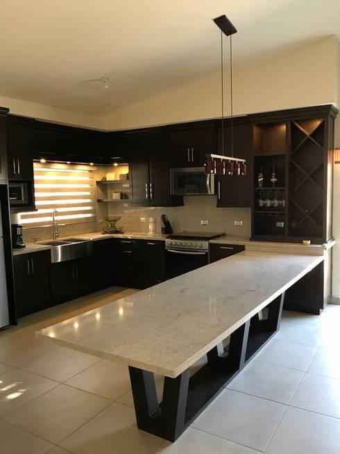 Cocina de barra extendida de caoba muebles homify cocina de barra extendida altavistaventures Images