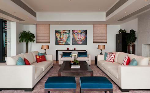Living Area: modern Living room by Nicole Cromwell Interior Design