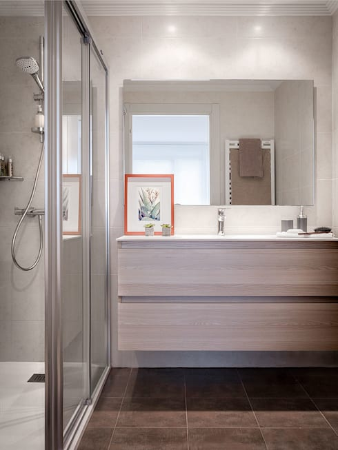 modern Bathroom by Estibaliz Martín Interiorismo