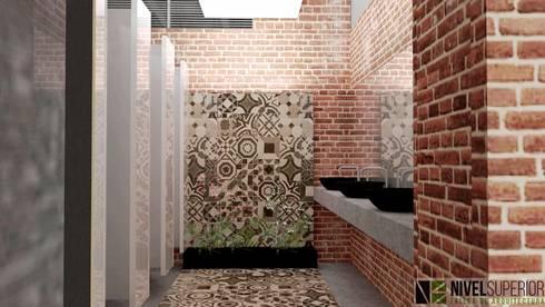 RESTAURANTE – HOTEL ENTREMARES : Baños de estilo rústico por NIVEL SUPERIOR taller de arquitectura