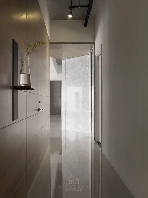 國泰森林觀道L宅:  走廊 & 玄關 by Ho.space design 和薪室內裝修設計有限公司