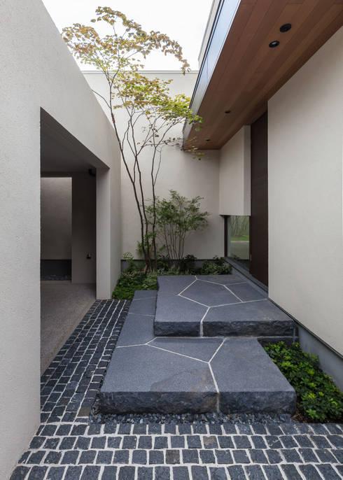 アプローチ: Architet6建築事務所が手掛けたアプローチです。