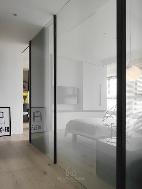 景川匯L宅:  走廊 & 玄關 by Ho.space design 和薪室內裝修設計有限公司