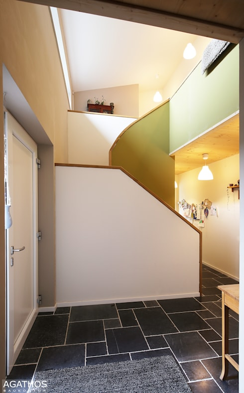 Koridor dan lorong by Architekturbüro Sutmann