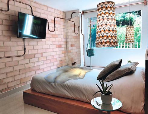 Habitacion : Habitaciones de estilo mediterráneo por Aluzina