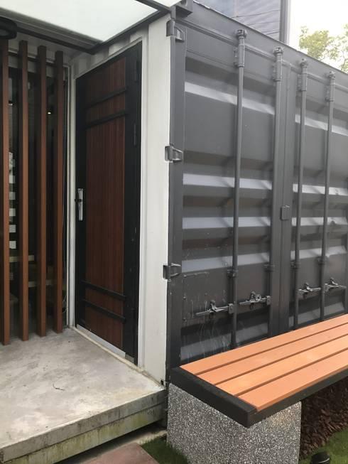 鹿谷貨櫃住宅:  房子 by 石方室內裝修有限公司