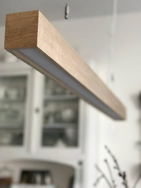 Hängeleuchte Design The Oak: moderne Esszimmer von Lignalux