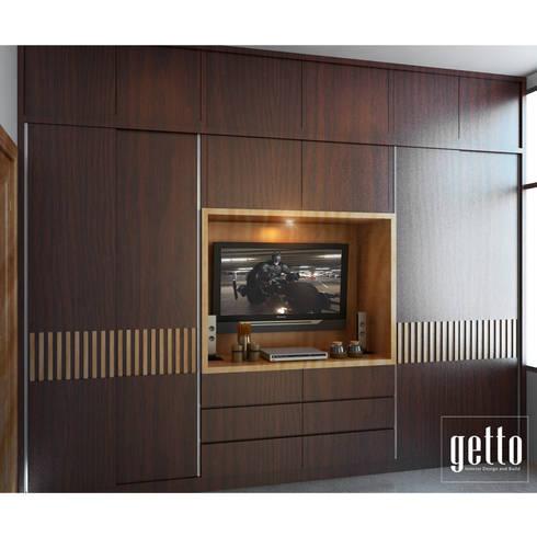 Mr. Raj Kelapa Gading: rustic Bedroom by Getto_id