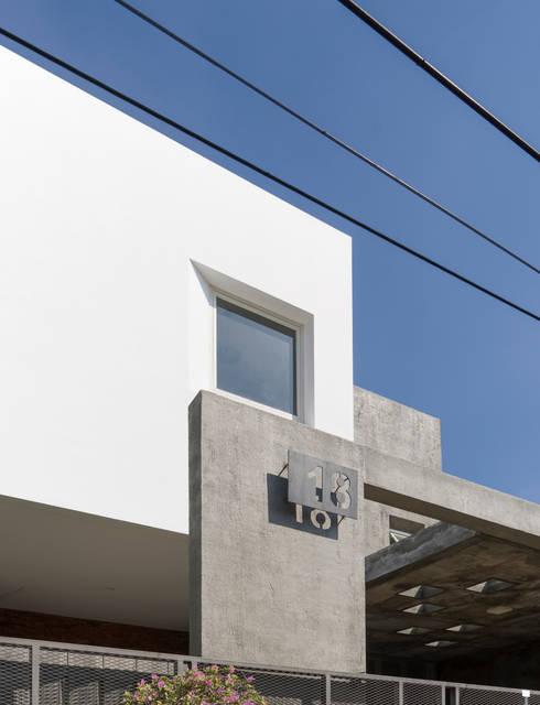 Detail Eksterior:   by CV Andyrahman Architect