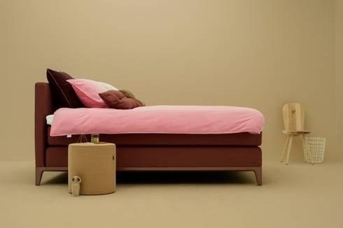 boxspringbett criade von auping deutschland homify. Black Bedroom Furniture Sets. Home Design Ideas