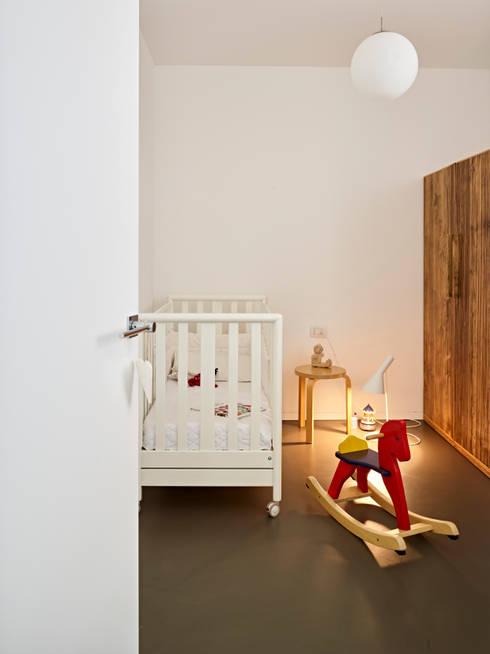 Phòng trẻ em by Burnazzi  Feltrin  Architects