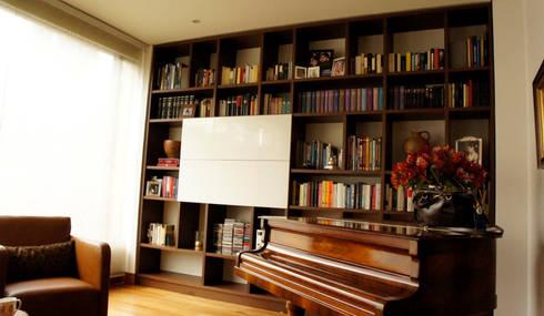 EL RETIRO: Estudio de estilo  por D Interior