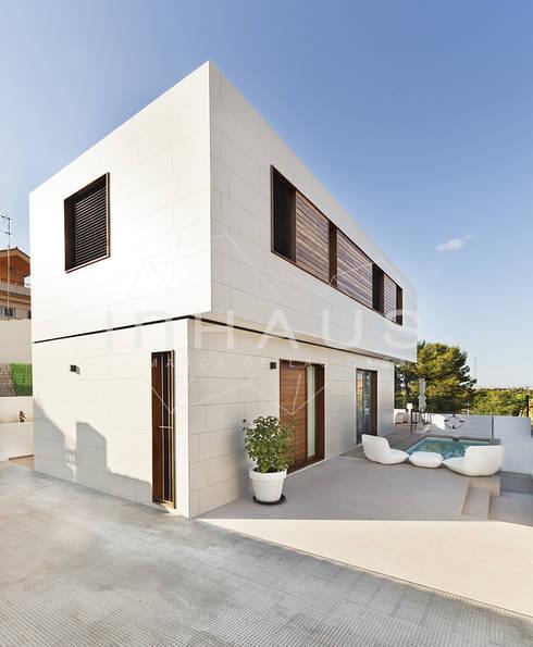 Nhà thép tiền chế by Casas inHAUS