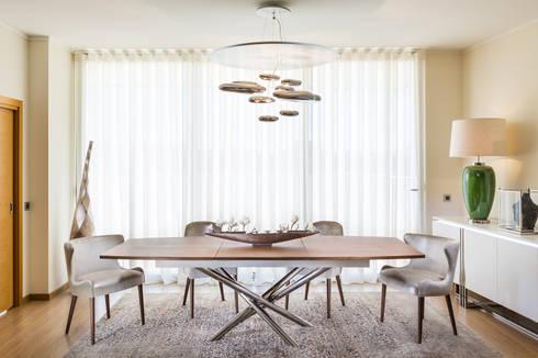 modern Dining room by Glim - Design de Interiores Lda