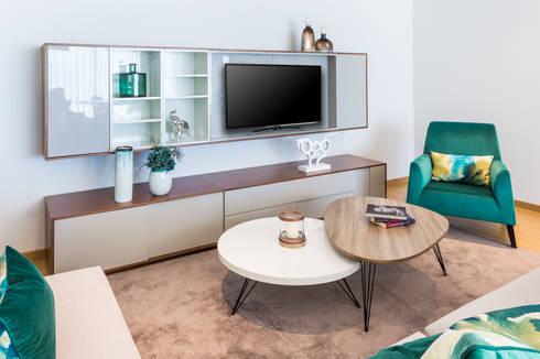 modern Living room by Glim - Design de Interiores Lda