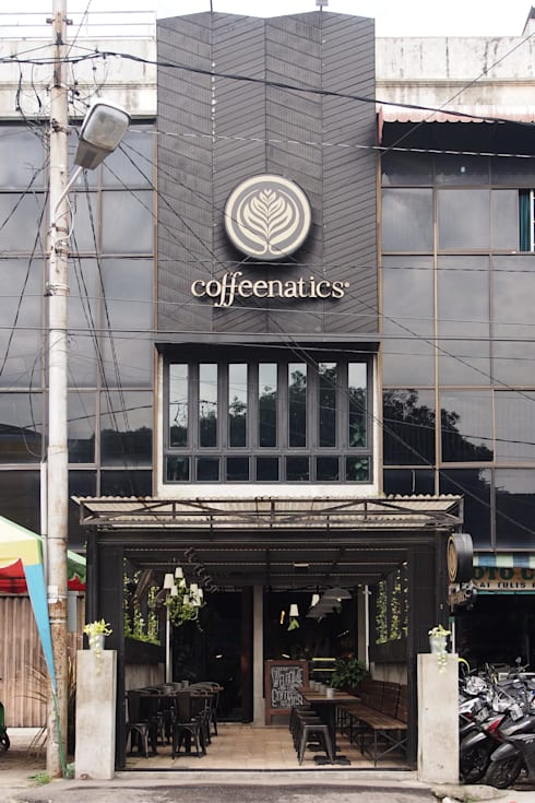 Tampak depan The Coffeenatics:  Restoran by Spasi Architects