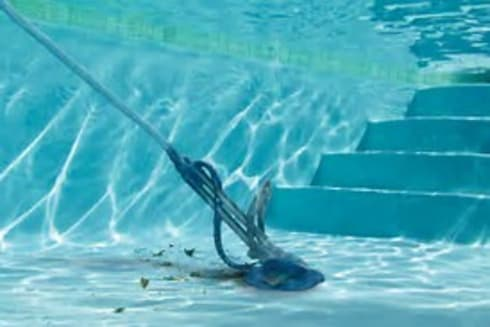 Pool cleaning:   by Pretoria Pools