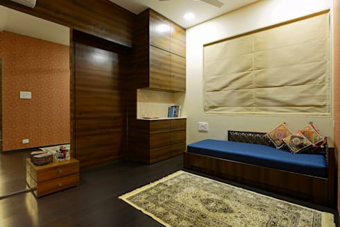 matunga : eclectic Bedroom by Fourth Axis Designs