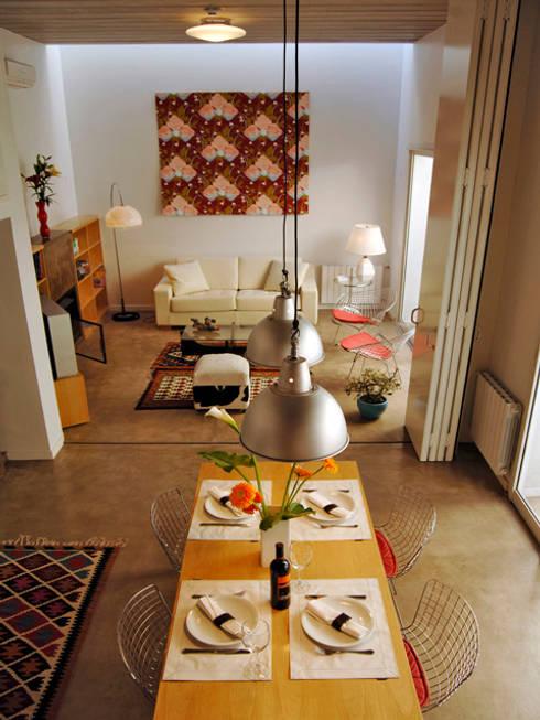 Home Loft: Livings de estilo moderno por Paula Mariasch - Juana Grichener - Iris Grosserohde Arquitectura
