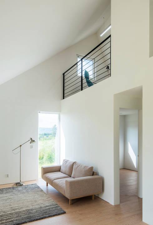 Living room by stpmj