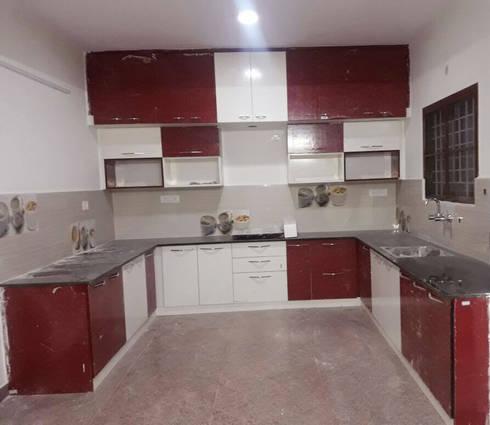 U Shaped Kitchen Designs: modern Kitchen by Scale Inch Pvt. Ltd.