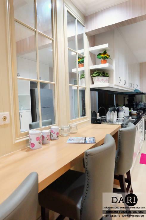 bar table + chair + kitchen shelfing:  Kitchen by DARI